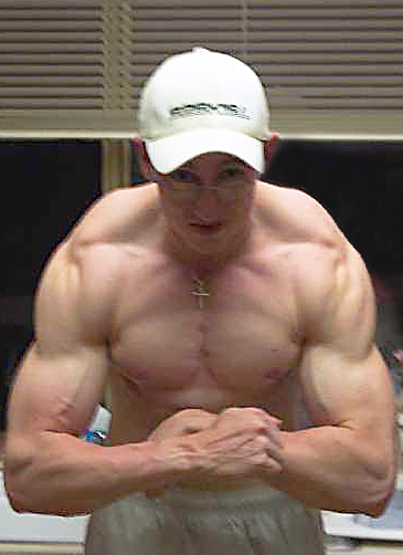 Jonathan's natural muscle building photo